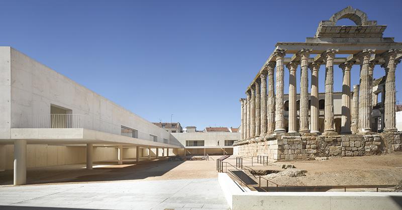 Premios de Arquitectura ENOR [©(c)Roland Halbe; Veroeffentlichung nur gegen Honorar, Urhebervermerk und Beleg / Copyrightpermission required for reproduction, Photocredit: Roland Halbe]